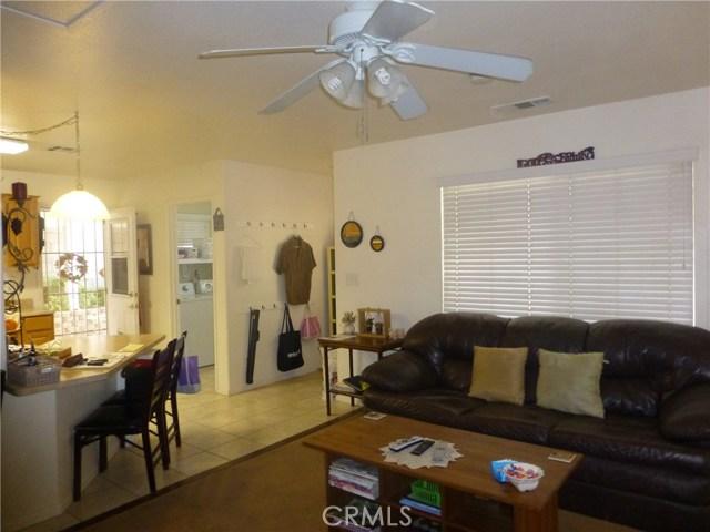 3481 Grant Street, Corona CA: http://media.crmls.org/medias/911240c3-36f3-4aea-84c7-df964c93e8d5.jpg