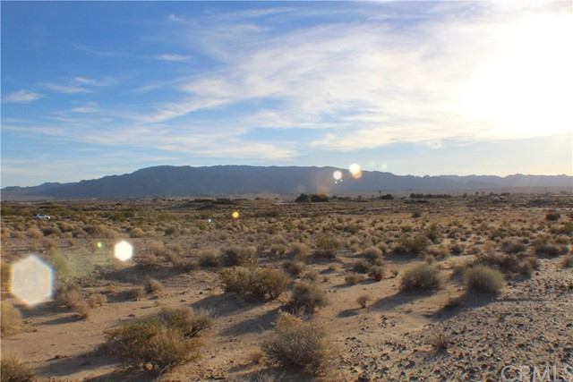 0 Condor Road 29 Palms, CA 92277 - MLS #: JT18013706