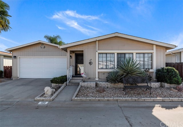 Detail Gallery Image 1 of 1 For 27250 Murrieta Rd #120, Menifee, CA 92586 - 2 Beds | 2 Baths