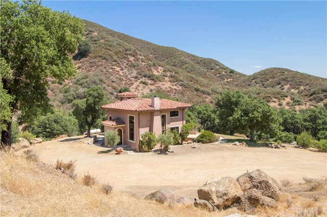 8870 Tassajara Creek Road Santa Margarita, CA 93453 - MLS #: PI17196558