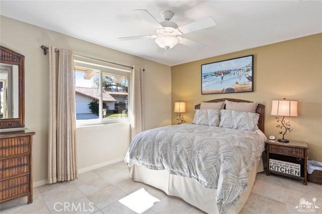 59 Sierra Madre Way, Rancho Mirage CA: http://media.crmls.org/medias/91360d82-92b9-4e0f-8363-5836844b5985.jpg