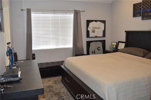 1822 W Falmouth Avenue, Anaheim CA: http://media.crmls.org/medias/9141342a-7019-470c-975b-eacab21900c7.jpg
