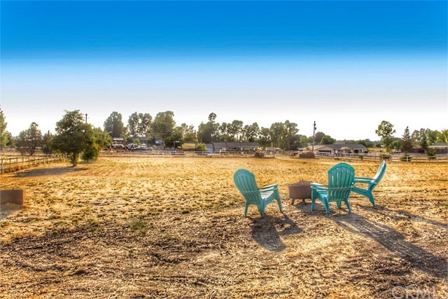 4320 Whispering Oak Way, Paso Robles, CA 93446