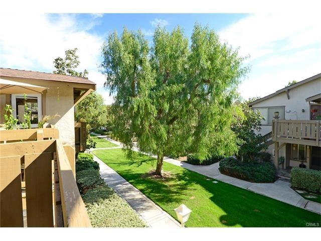 112 Echo, Irvine CA: http://media.crmls.org/medias/914fdfd1-26c4-49a5-bc02-02045bc25bdb.jpg