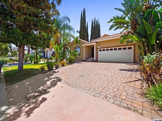 18038 Valley Vista Boulevard, Encino CA: http://media.crmls.org/medias/915b2cac-a18b-42b1-bea8-ad664e8d1049.jpg