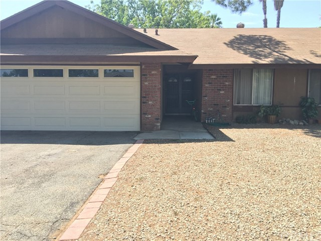 2850 Dunbar Drive Riverside, CA 92503 is listed for sale as MLS Listing IV17207337