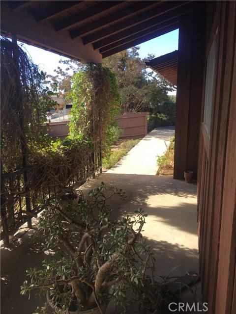 31730 Yucaipa Boulevard, Yucaipa CA: http://media.crmls.org/medias/918eb340-543d-4da0-aeeb-c076b3b9485f.jpg