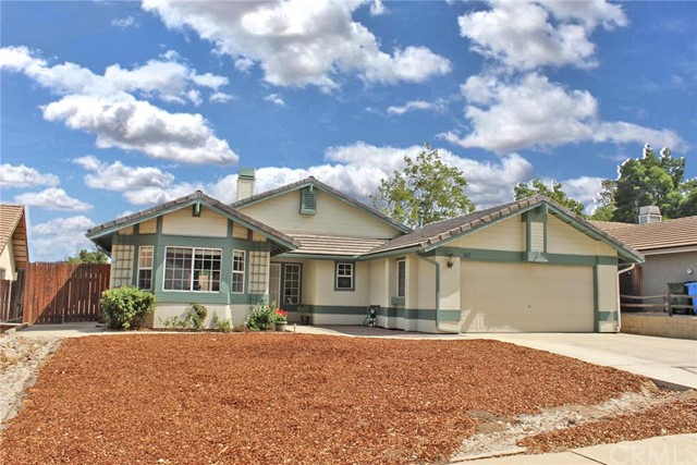 One of Paso Robles 3 Bedroom Homes for Sale at 167  Edgewater Lane