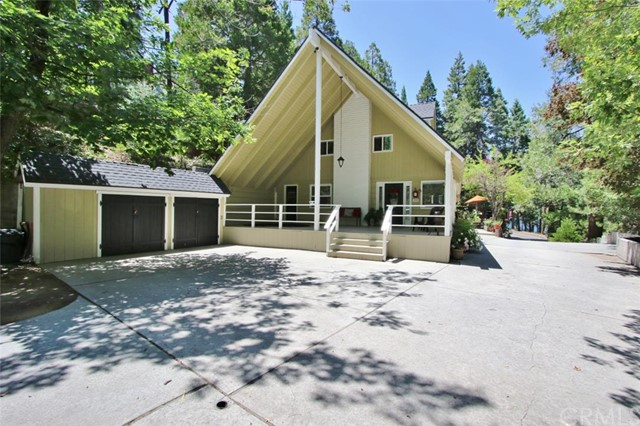 Single Family Home for Sale at 163 State Hwy 173 S Lake Arrowhead, California 92352 United States
