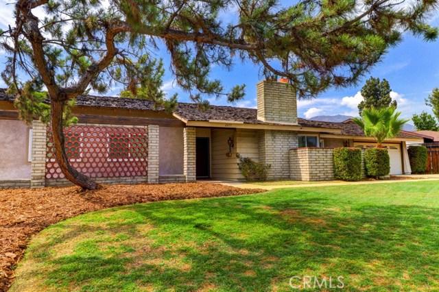 2217 N Villa Maria Road, Claremont, CA 91711