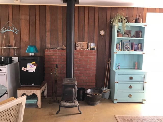 60767 Sonora Road, Joshua Tree CA: http://media.crmls.org/medias/91d1ef41-5c1d-48e2-a36d-140d82133651.jpg