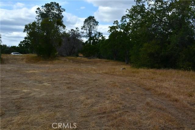 4 Buck Lane, Coarsegold CA: http://media.crmls.org/medias/91dcdde1-6eff-467f-a491-ae38dc4db3ad.jpg