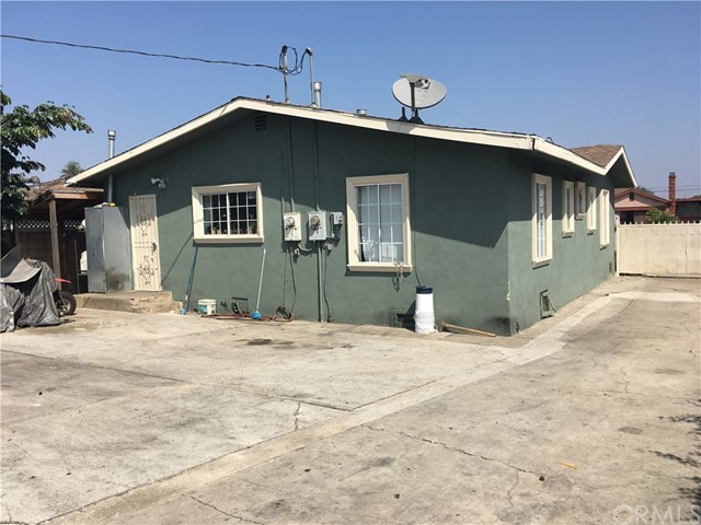1542 W 85th Street Los Angeles, CA 90047 - MLS #: DW17204470