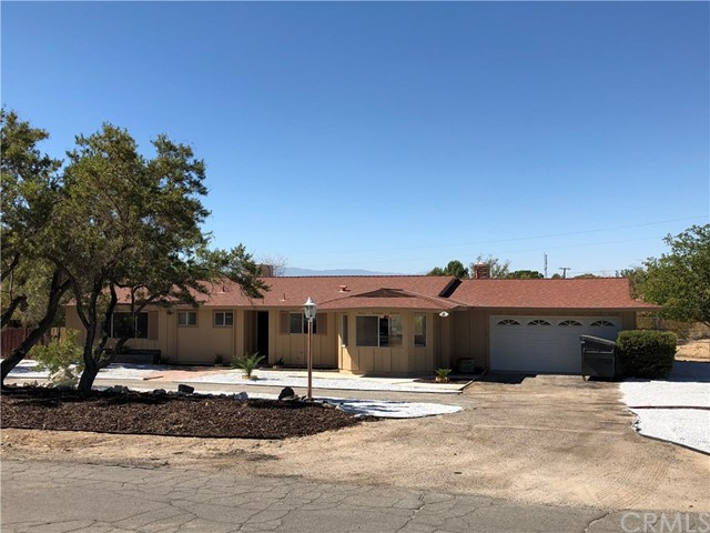 16055 Venango Road, Apple Valley, CA, 92307