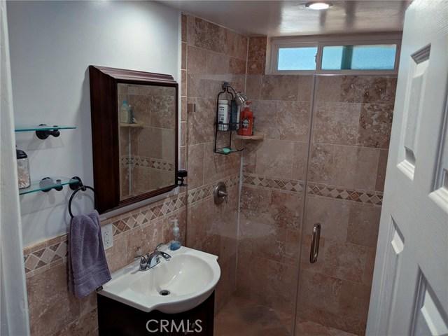 1268 W 187th Place, Gardena CA: http://media.crmls.org/medias/91e666c9-2821-43db-8efd-27a99c6ab35b.jpg
