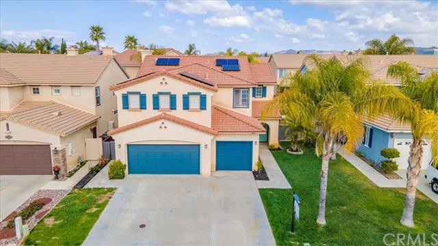 38042 Orange Blossom Lane, Murrieta CA: http://media.crmls.org/medias/92053a95-ec45-47d5-9236-be88d3dff042.jpg