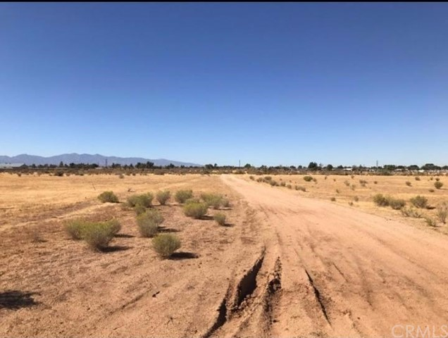 0 Shantung Road Lucerne Valley, CA 0 - MLS #: IV17263028