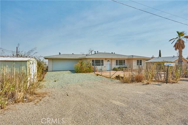 27758 Cochise Avenue, Barstow CA: http://media.crmls.org/medias/92267cad-2ab8-4f65-a970-a9c2ca5d2d9c.jpg