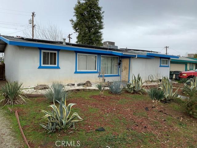 3425 N Hughes Avenue, Fresno CA: http://media.crmls.org/medias/92300ebe-3e74-4bc6-9b62-cb85fe76c348.jpg