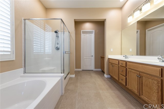 1381 Sweetpea Lane, Beaumont CA: http://media.crmls.org/medias/92340aa4-42c1-4812-823b-d13f37a543bd.jpg