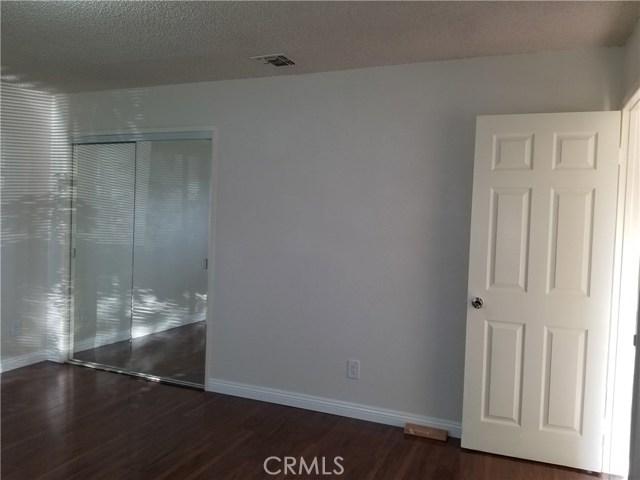 5608 N Willard Avenue, San Gabriel CA: http://media.crmls.org/medias/924a9c14-5dae-442c-afe4-56a6ac0ec4e1.jpg