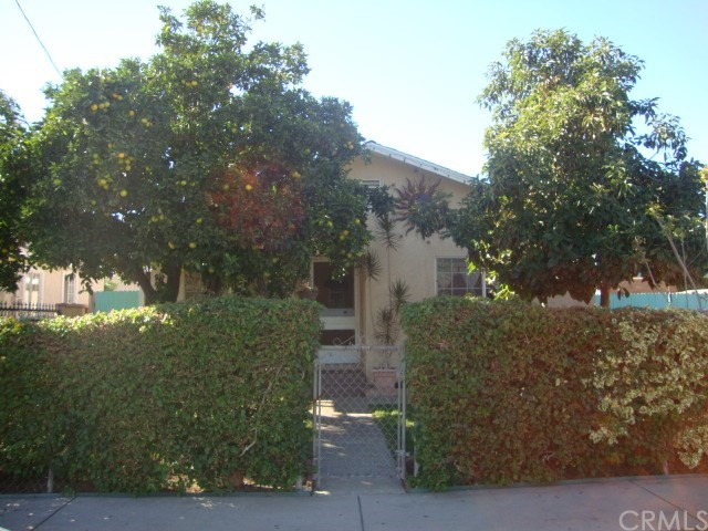 Single Family Home for Sale at 318 Jackson Street N Santa Ana, California 92703 United States