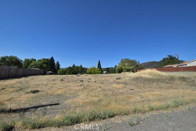 Single Family for Sale at 212 Fairchild Street S Yreka, California 96097 United States