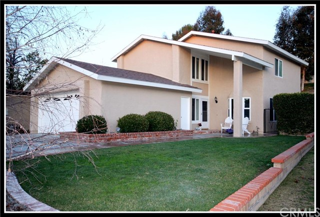 Single Family Home for Sale at 27495 Abanico St Mission Viejo, California 92691 United States
