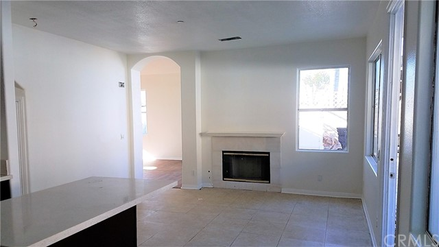 2626 W Ball Rd, Anaheim, CA 92804 Photo 5