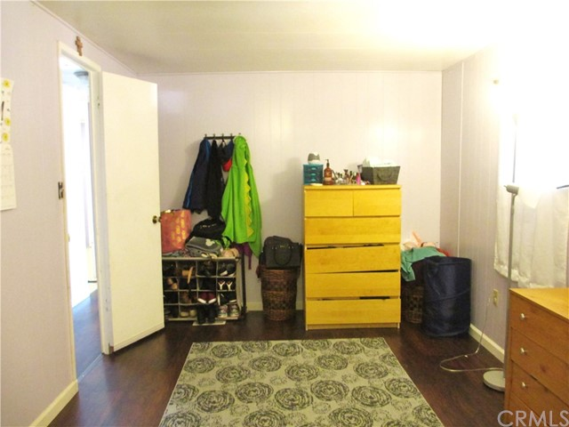 1630 barranca Avenue, Glendora CA: http://media.crmls.org/medias/9266bc1b-8c35-43e4-acbc-c817ab9f24c0.jpg