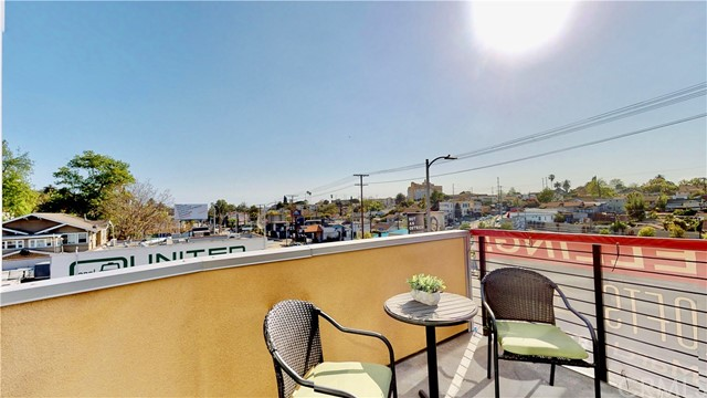 912 N Alvarado St, Los Angeles, CA 90026 Photo 17