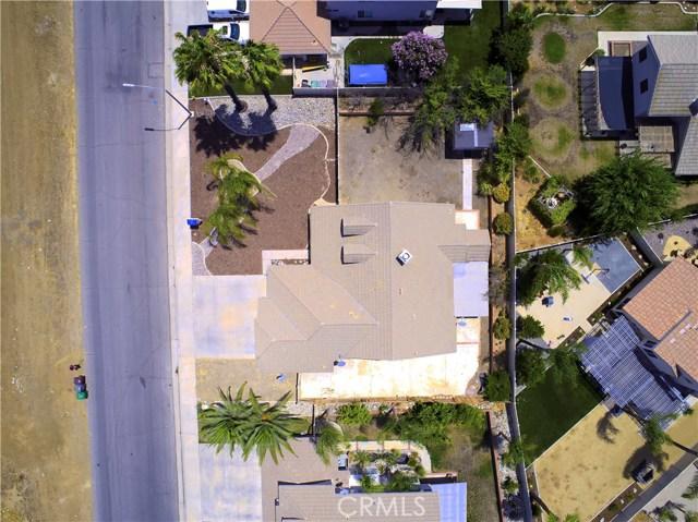 31043 Hanover Lane, Menifee CA: http://media.crmls.org/medias/926a116a-46ec-440a-87f3-b181859696ce.jpg