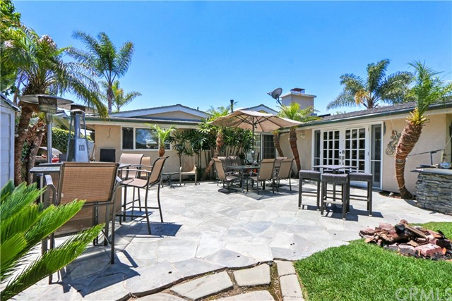 364 Princeton Drive, Costa Mesa CA: http://media.crmls.org/medias/926fe0a5-1a58-4d30-8e99-b7a432d2c959.jpg