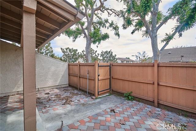 1745 Avenida Selva, Fullerton CA: http://media.crmls.org/medias/927ab0fd-7fdd-4d8e-91f0-6306c6506771.jpg