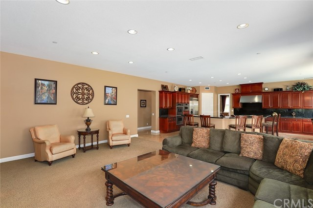 18927 SECRETARIAT WAY, YORBA LINDA, CA 92886  Photo 10