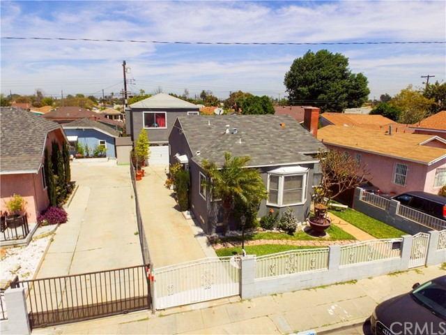 621 W PLUM Street, Compton CA: http://media.crmls.org/medias/9284a841-794f-4e2b-832b-0374d67b4e28.jpg