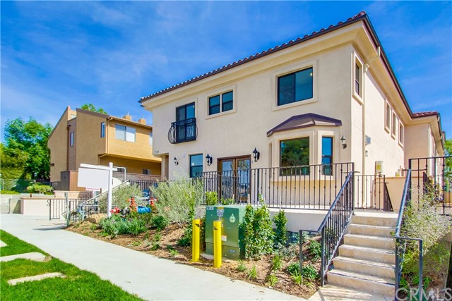 Townhouse for Sale at 730 Marengo Avenue S Pasadena, California 91106 United States
