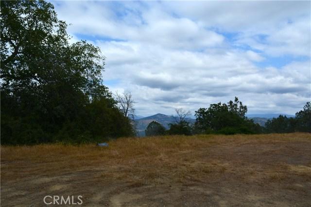 4 Buck Lane, Coarsegold CA: http://media.crmls.org/medias/92864f20-44b2-4ca0-8035-de94b642ce07.jpg