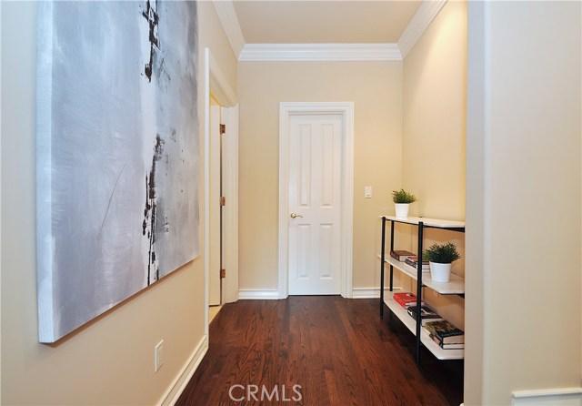 1 Clear Vista Drive, Rolling Hills Estates CA: http://media.crmls.org/medias/928677be-054b-4330-b3a8-bc6125c0fb9c.jpg