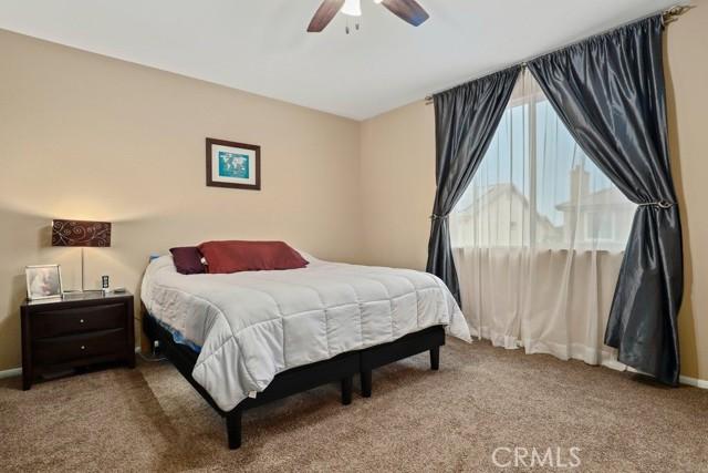 21 Nutwood Avenue, Beaumont CA: http://media.crmls.org/medias/92905a3e-4f11-4458-9a8a-87d7dba81288.jpg