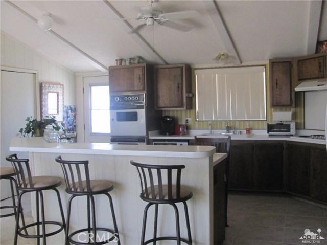 38934 Desert Greens Drive, Palm Desert CA: http://media.crmls.org/medias/92941d1b-7440-4628-81e5-471382b96e87.jpg