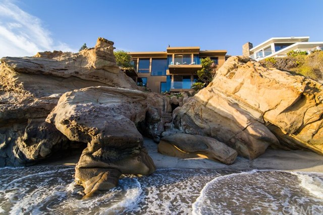 Single Family Home for Sale at 1715 Ocean St Laguna Beach, California 92651 United States