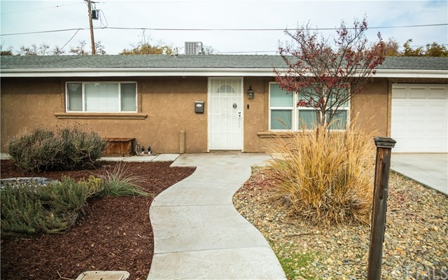 Detail Gallery Image 1 of 1 For 1423 W 25th St, Merced,  CA 95340 - 3 Beds | 1 Baths