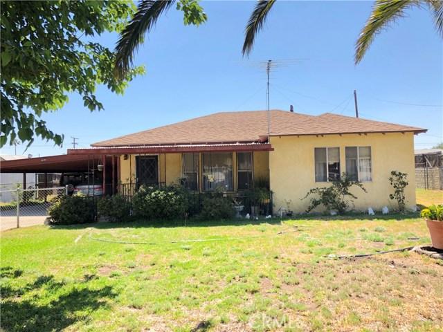 9370 Palm Lane, Fontana CA: http://media.crmls.org/medias/929d8c2b-3b75-46cf-9b73-1e6889dd15b4.jpg