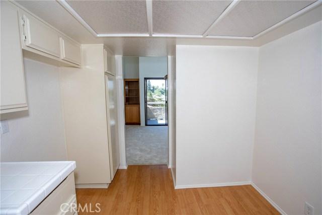 365 W Alameda Avenue, Burbank CA: http://media.crmls.org/medias/92a4c5ad-1936-4b83-ae83-0fd2e8530133.jpg