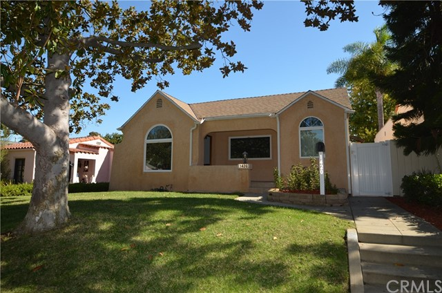 1420 Acacia Avenue, Torrance, California 90501, 3 Bedrooms Bedrooms, ,2 BathroomsBathrooms,Single family residence,For Sale,Acacia,SB19248503