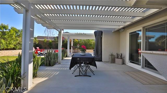 4698 ESPERANZA Drive, La Verne CA: http://media.crmls.org/medias/92ac99d2-d285-421a-81db-a41987b99bac.jpg