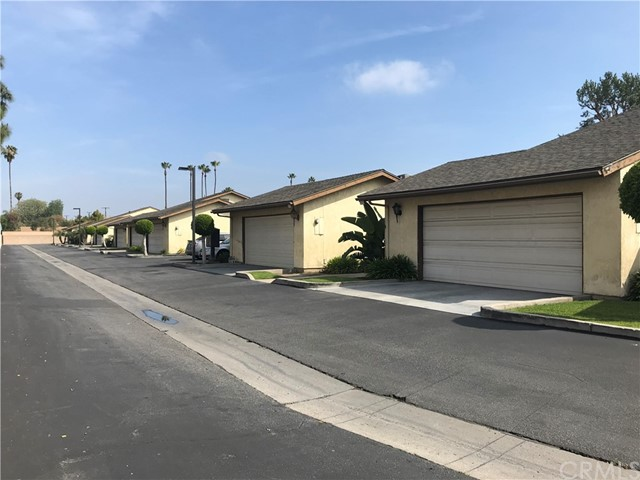 3551 W Savanna St, Anaheim, CA 92804 Photo 2