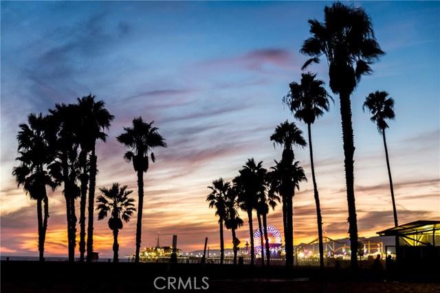 2222 Ashland Ave, Santa Monica, CA 90405 Photo 2