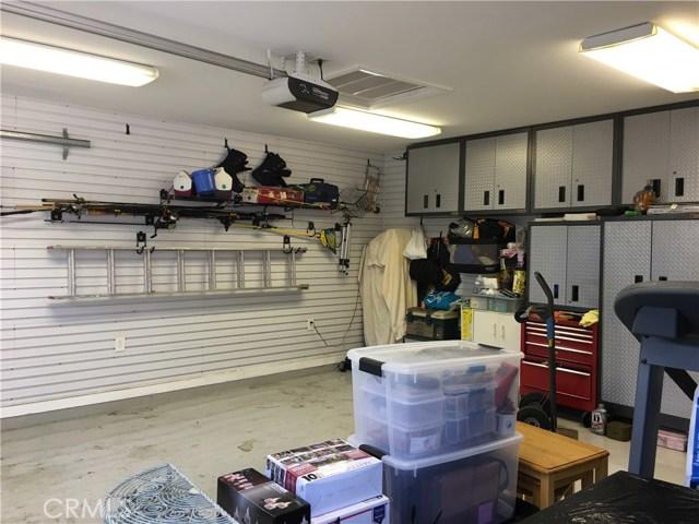 10524 Emery Street, El Monte CA: http://media.crmls.org/medias/92cb1ce0-a100-4fc9-9269-c0a436248561.jpg